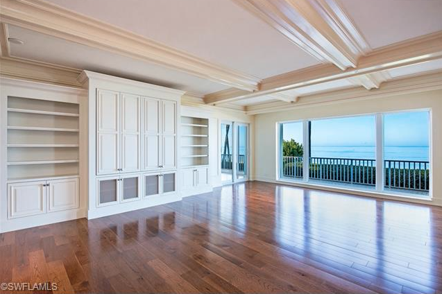 Completely Renovated Living Room With Ocean Views Of The Gulf Of Mexico Condo With Private Beach Terrace F Extravagant Homes Mansion Interior Beautiful Homes