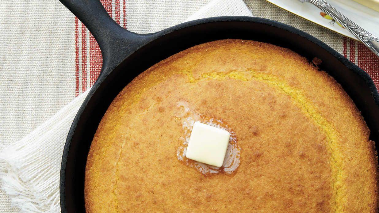 Southern Skillet Cornbread Recipe Recipe Corn Bread Recipe Skillet Cornbread Cornbread