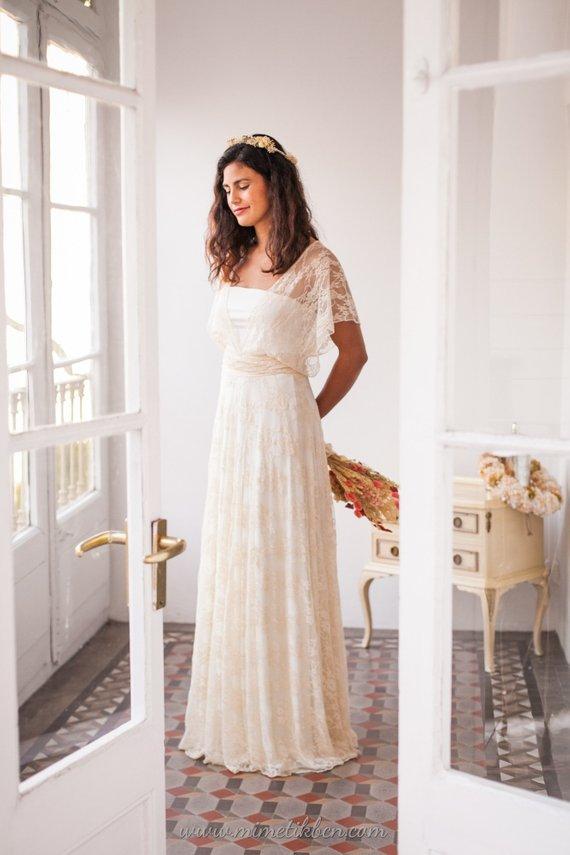 Lace flowy wedding dress Loose top wedding dress Champagne  d39e79a965cd
