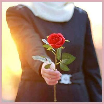 ورد عيد الحب اهداء زهور In 2021 Bridal Dresses Flower Images Floral Rings