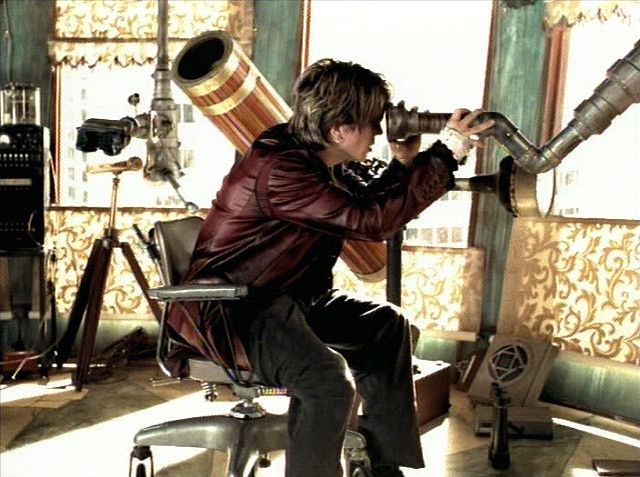 Johnny Rzeznik Of The Goo Dolls In Video For Iris