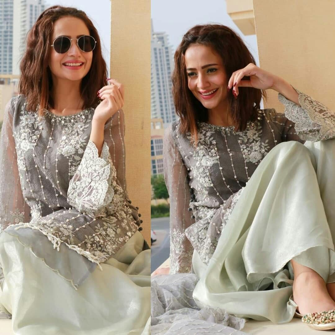 Pin By Hoorain Noor On Lollywood Actresses Fashion Asian Fashion Pakistani Fashion