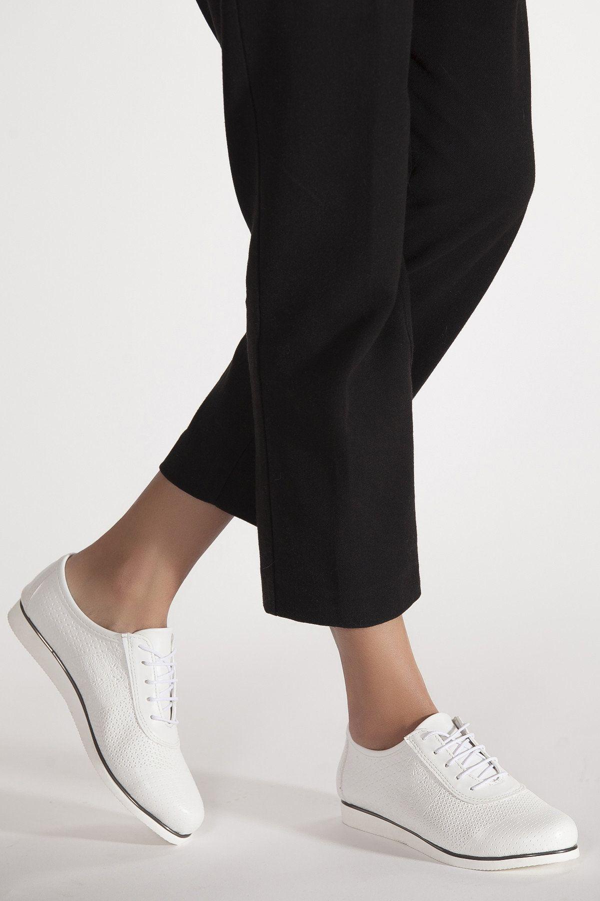 size 40 25cf1 e4b27 Beyaz Kadın Sneaker derithy | Trendyol | spor ayakkabı ...