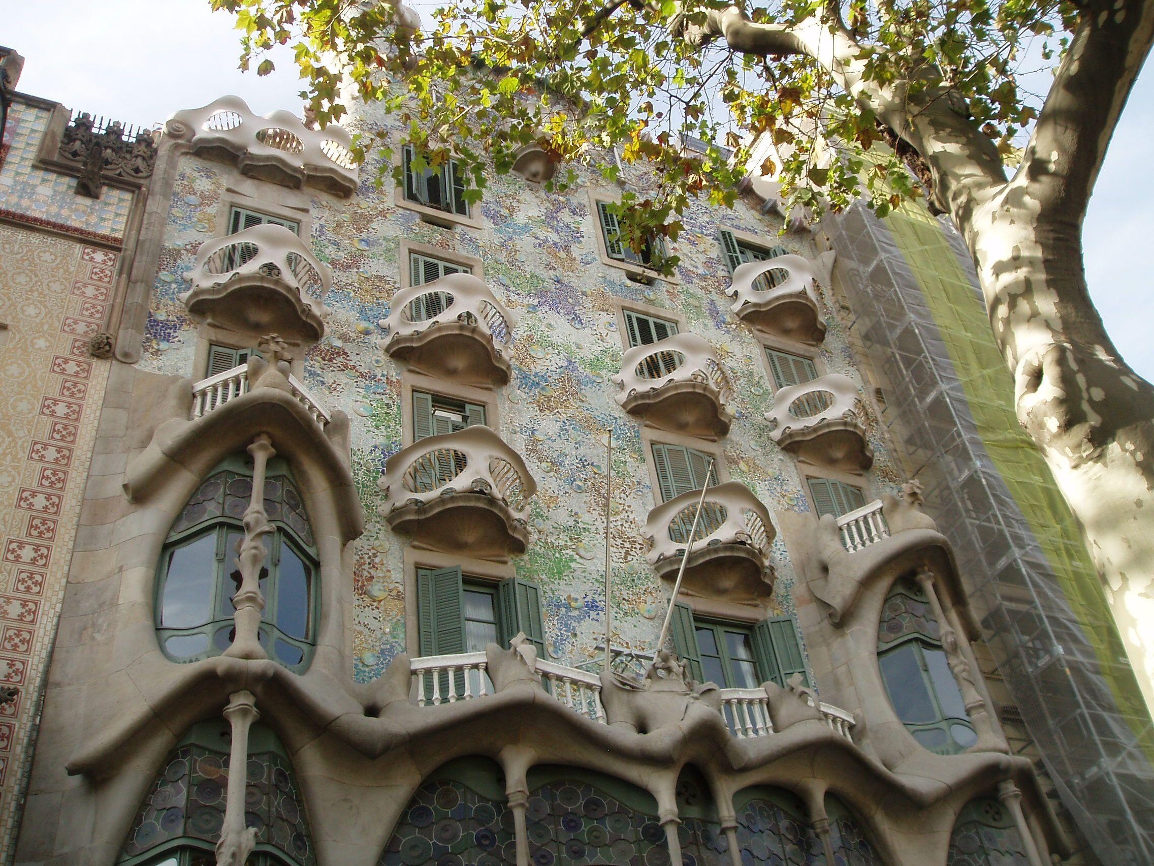Art Nouveau Gaudi Architecture