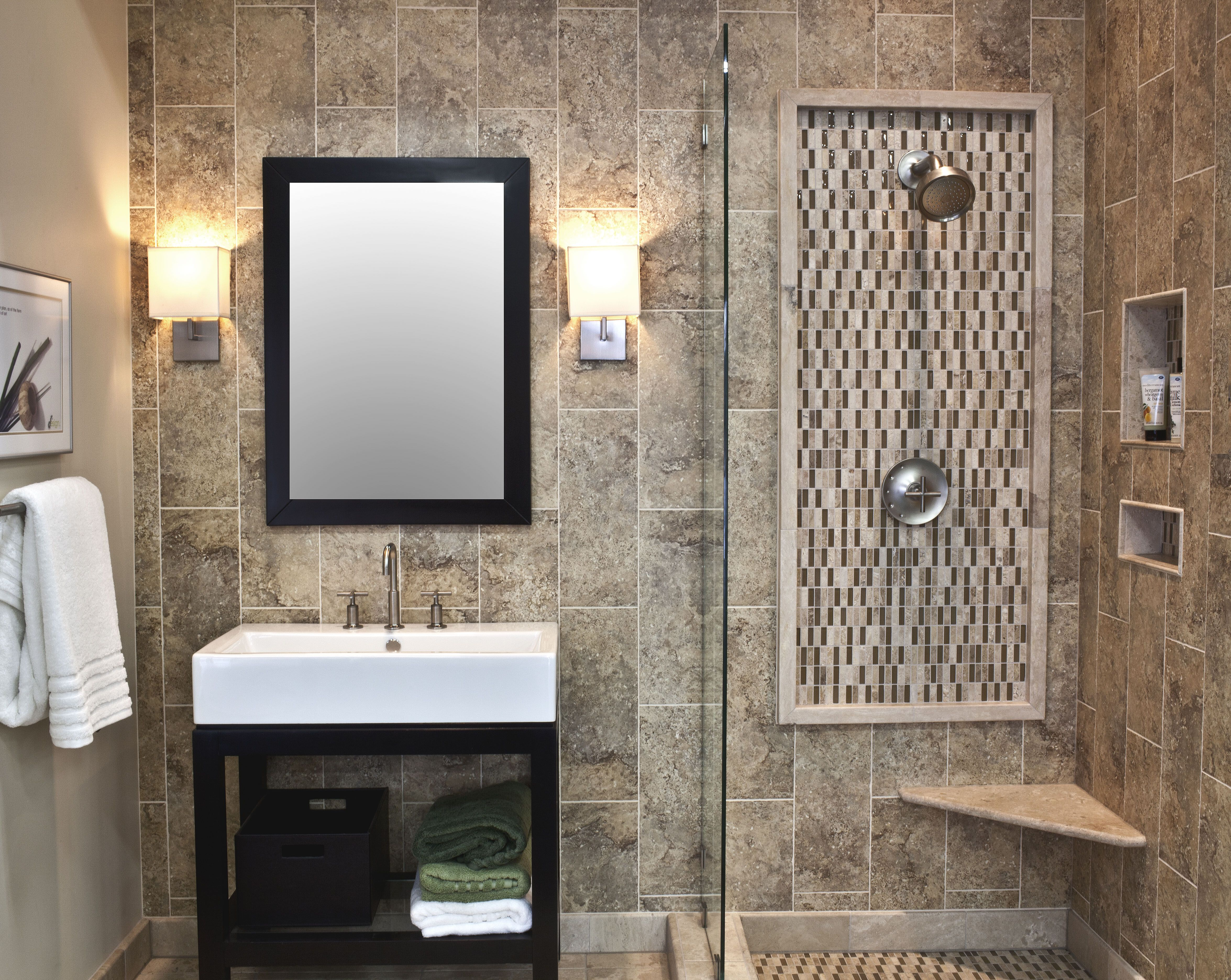 Fusion Mixed Bathroom With Ceramic Travertine And Glass