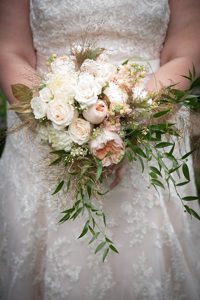 Alis Bridal Bouquet Her Features Juliet Garden Roses White Majolica Spray