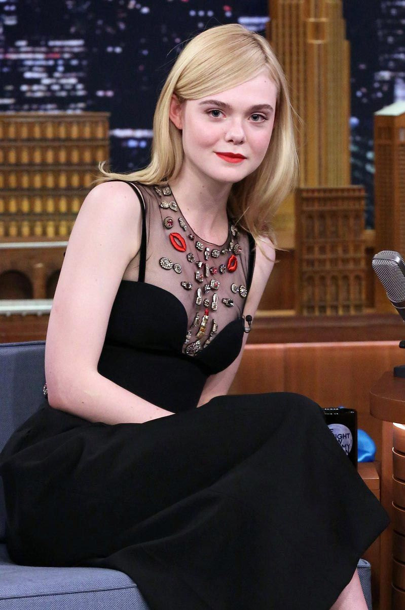 Elle Fanning's Blowout-to-Braids Transformation Is a Lesson in Quick-Change Hair