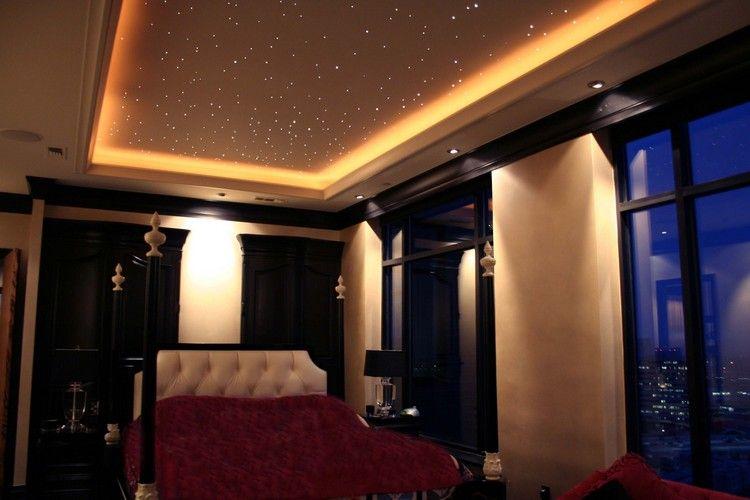 Sternenhimmel mit LED als romantische Beleuchtung im Schlafzimmer - schlafzimmer beleuchtung ideen