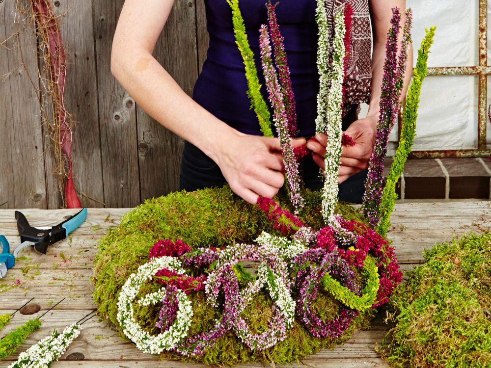 HeideStrnge feststecken  Herbst  Herbst dekoration Kranz Ideen und Blumenarrangement