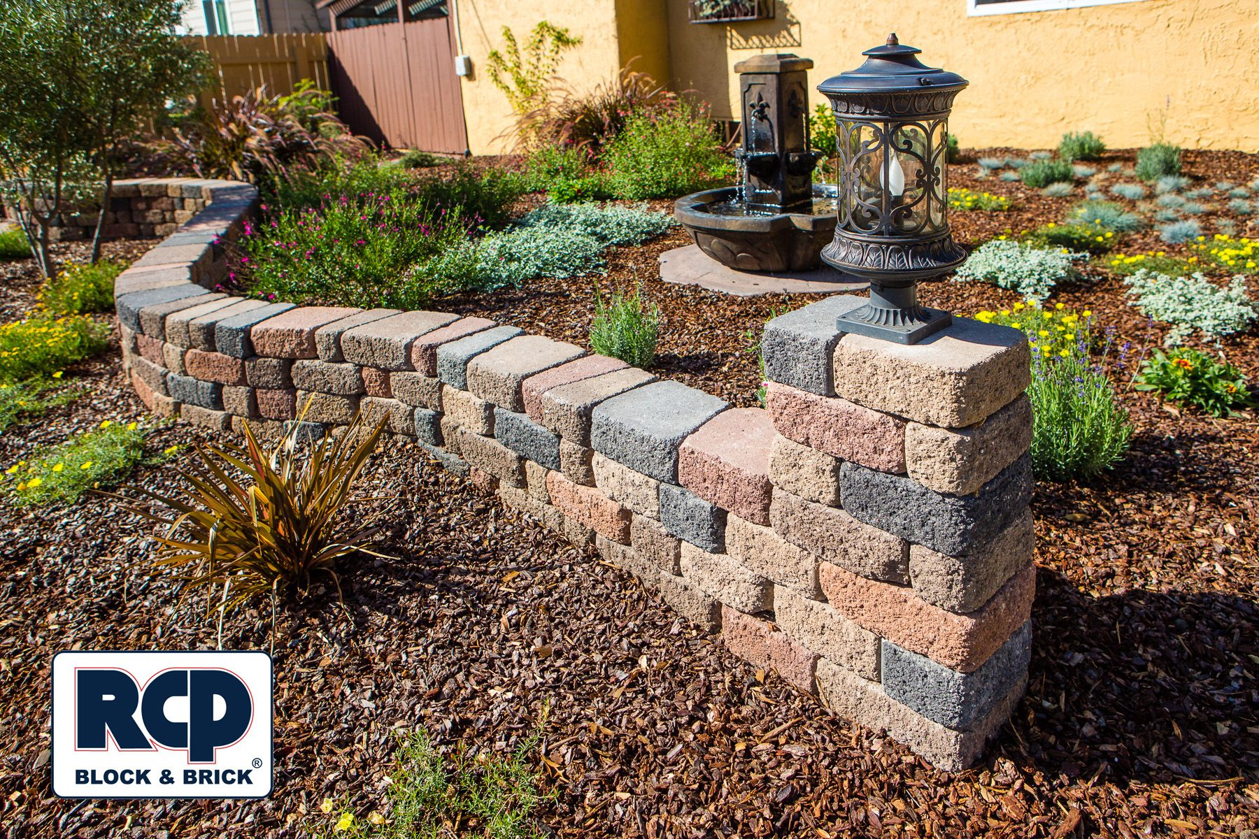 Retaining Walls Landscape Walls Keystone Country Cottage Landscaping Retaining Walls Landscape Design Plans Landscaping Around Pool
