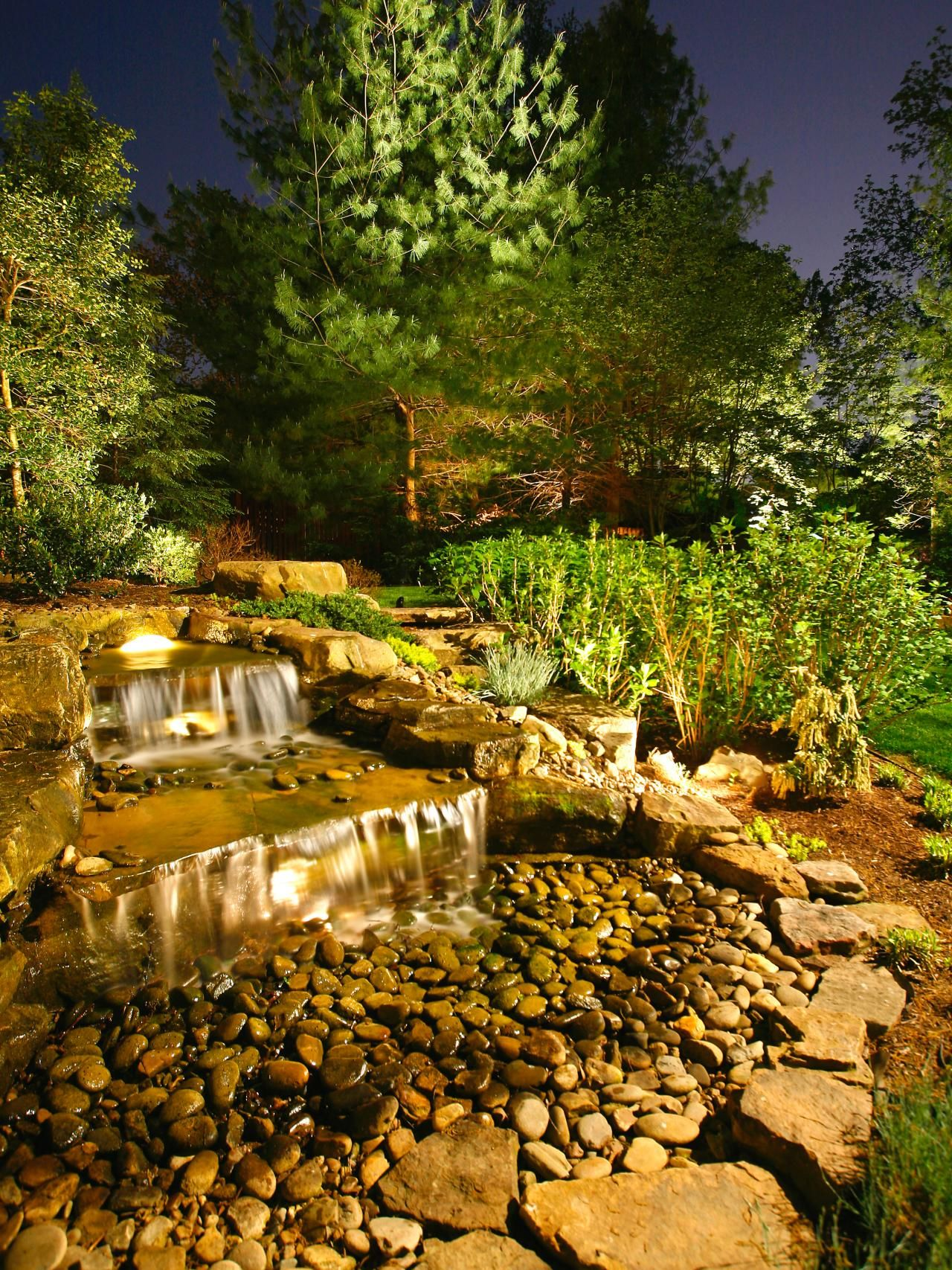 22 Landscape Lighting Ideas Water Features Gardens And Garden Wiring Outdoor Lights
