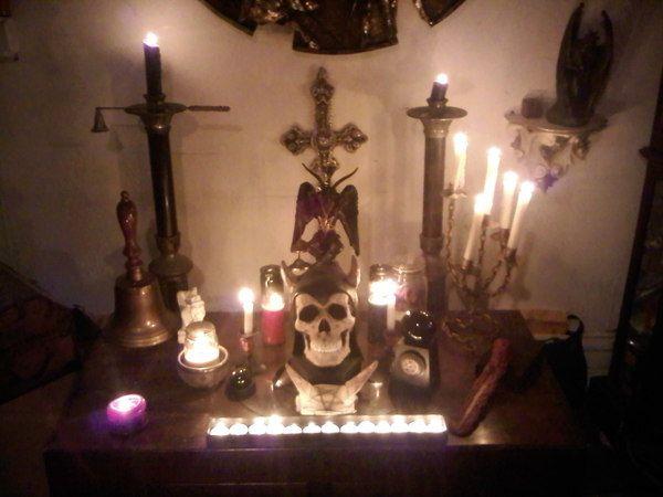 New York, New York, USA   FUN TIMES IN THE DARK (altars, hearses