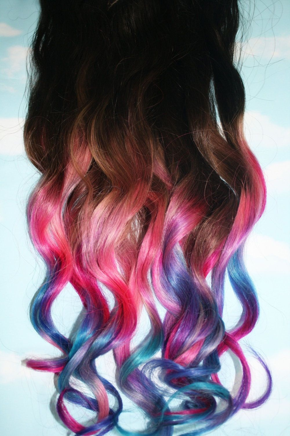 Colors! This would be kyute in a couple close strands in