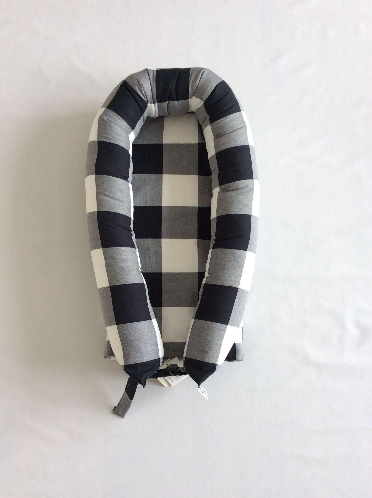 svart vit rutigt tyg