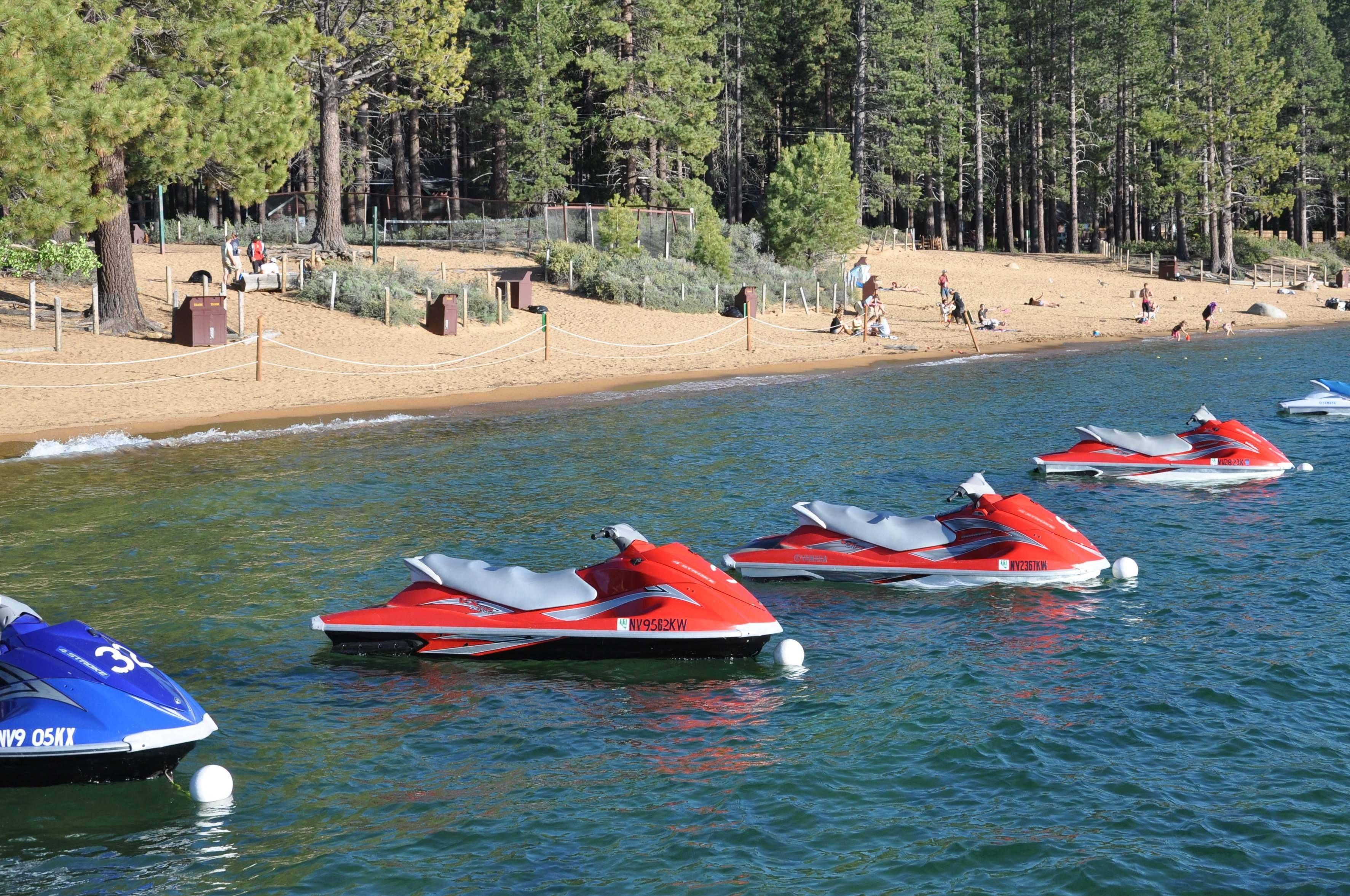 Explorefy helps you discover outdoor activities jet ski