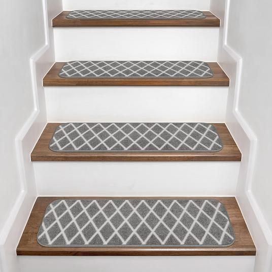 Best Set Of 15 Skid Resistant Carpet Stair Treads Diamond 400 x 300