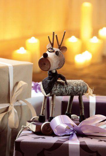 un renne tout en récup' | renne, le sapin et pots de fleurs