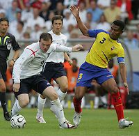 English Forward 9 Wayne Rooney Looks For An Opening Against