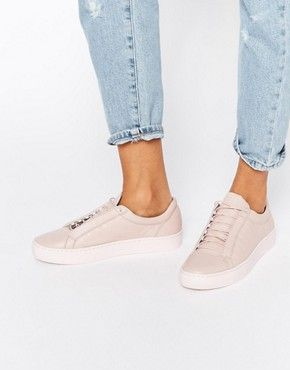 Pink sneakers, Sneakers