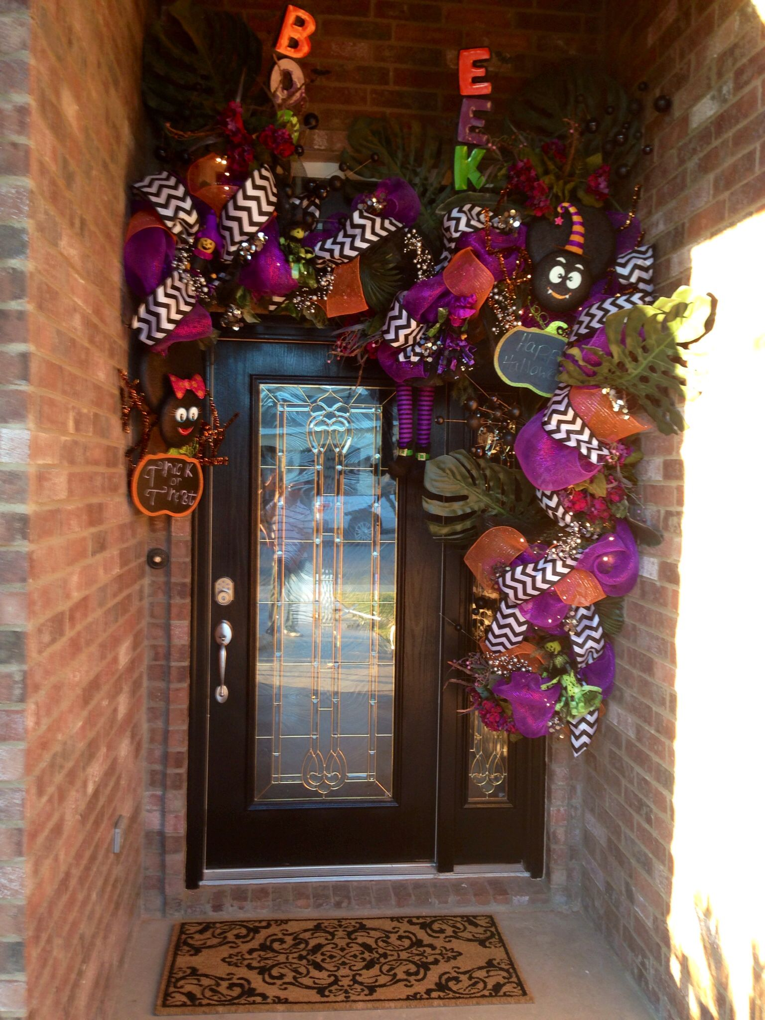 Halloween Decor For Small Entry