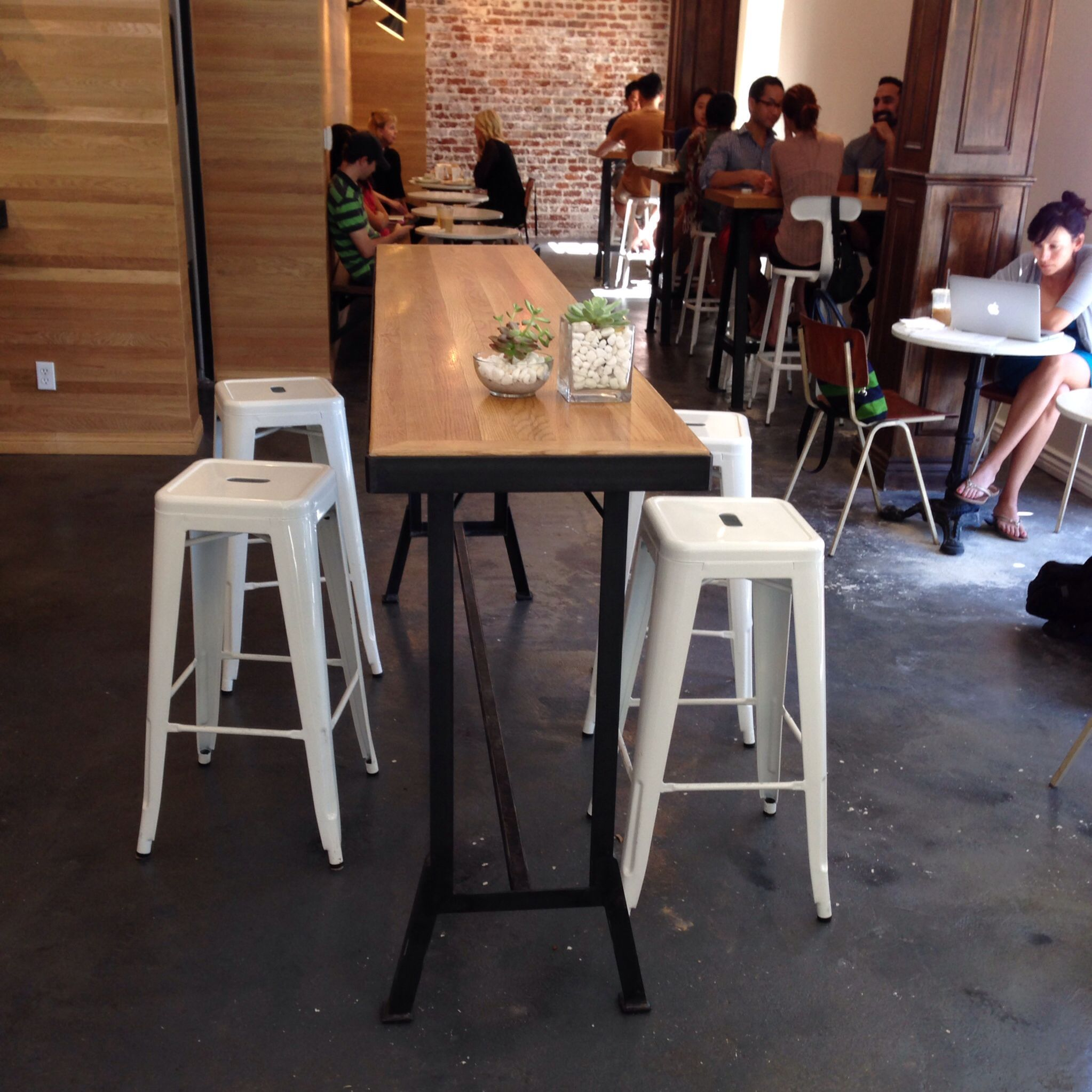 Copa Vida Cafe Bar Table And Stools