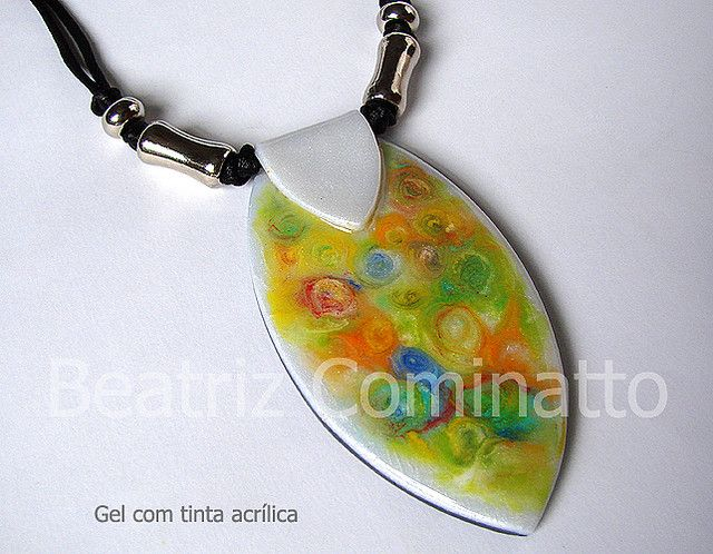 Gel com tinta a óleo sobre cerâmica plástica (Bozzi Super Polymer Clay) by Beatriz Cominatto, via Flickr