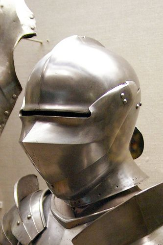 Armet (helmet)   Italy, ~1490. This helmet was previously di…   Flickr
