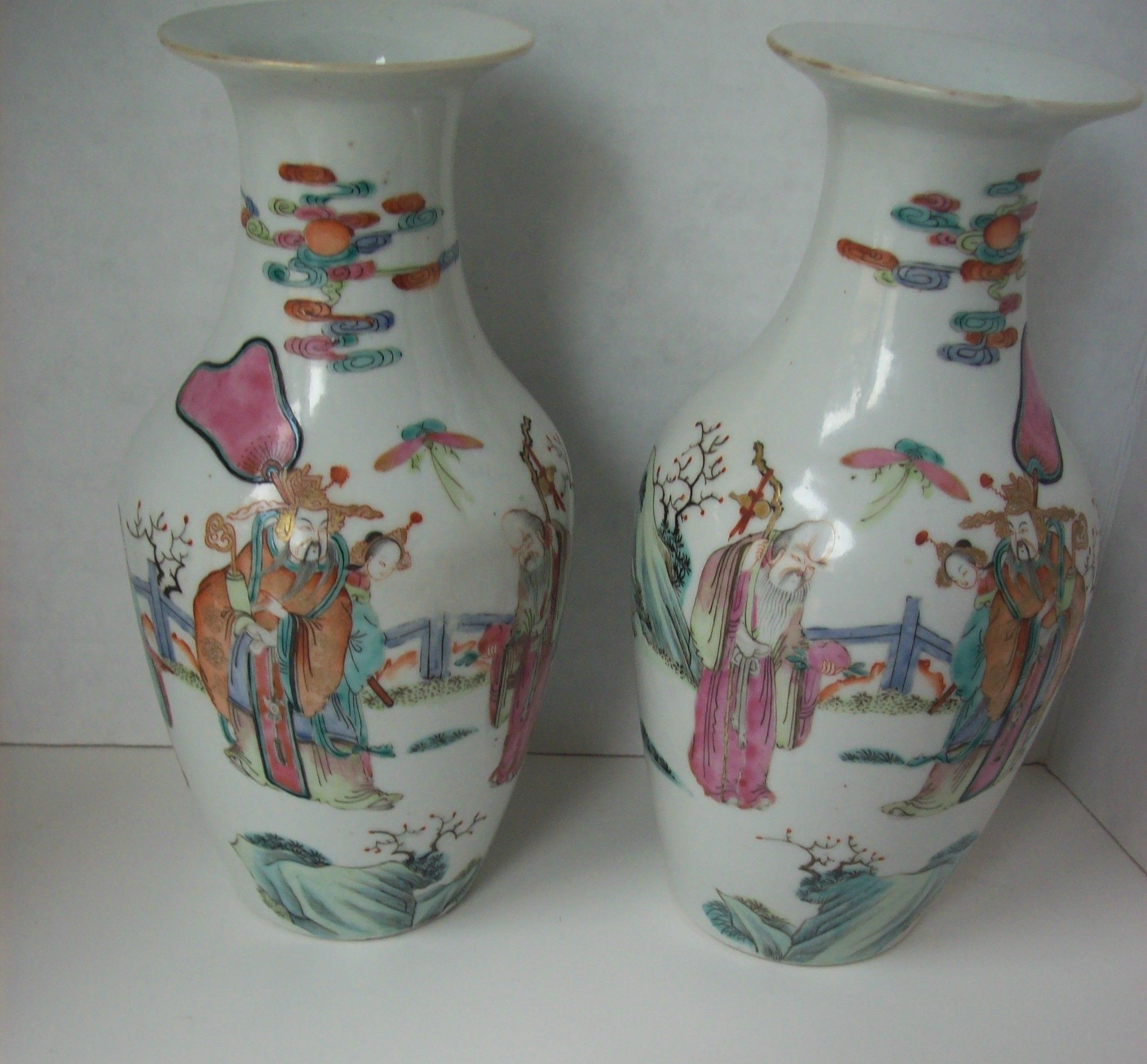 Antique pair of mirrored chinese famille rose vases depicting antique pair of mirrored chinese famille rose vases depicting longevity deities reviewsmspy