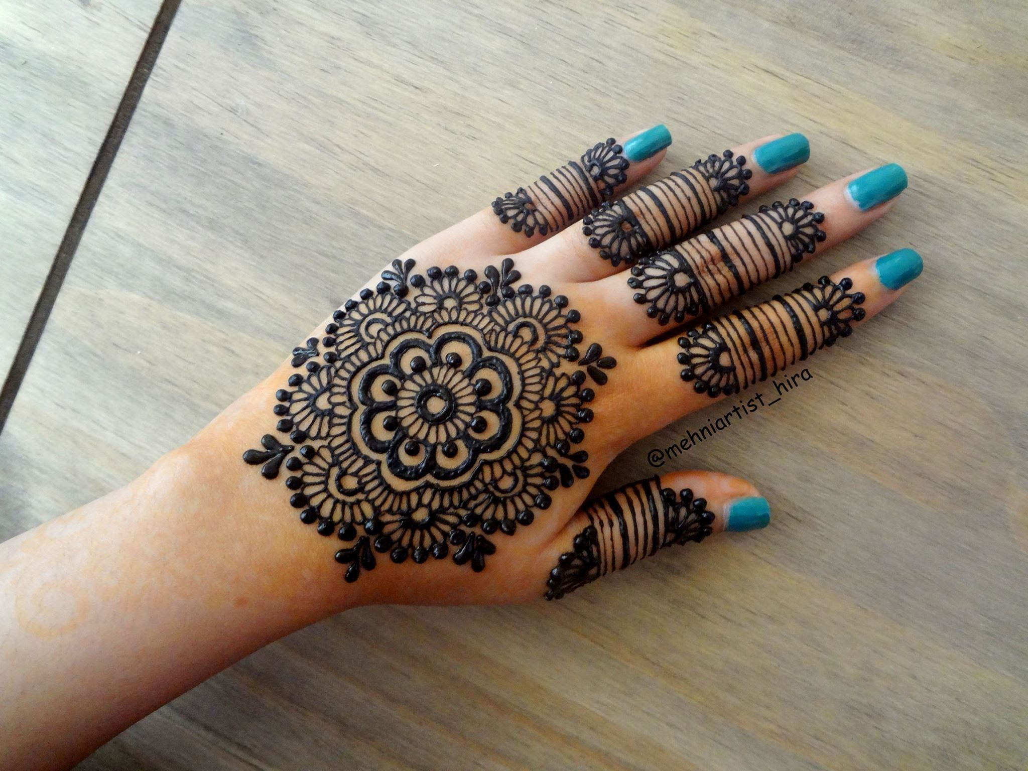 Tatuajes Mehndi Diseños : Pin de tímea mihok en henna tetkók tatuajes
