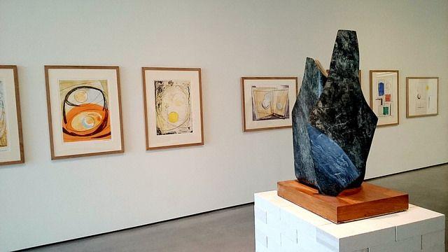 hepworth gallery in wakefield: http://www.europealacarte.co.uk/blog/2016/06/02/5-places-to-visit-in-wakefield-west-yorkshire/
