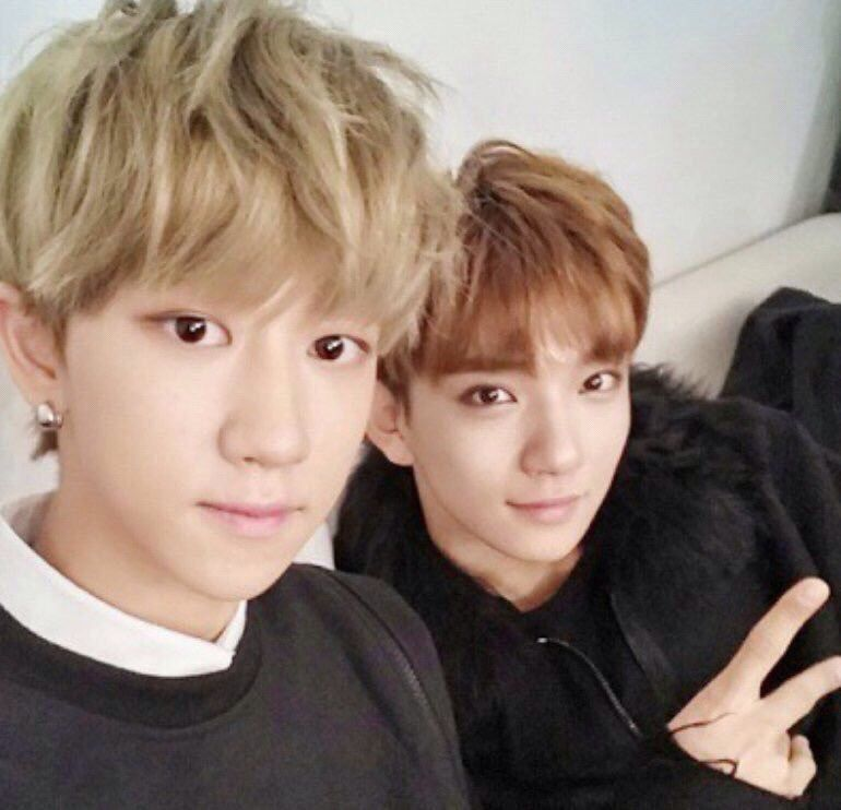 The8 and Joshua, they look so adorable haha they obv took this a while ago