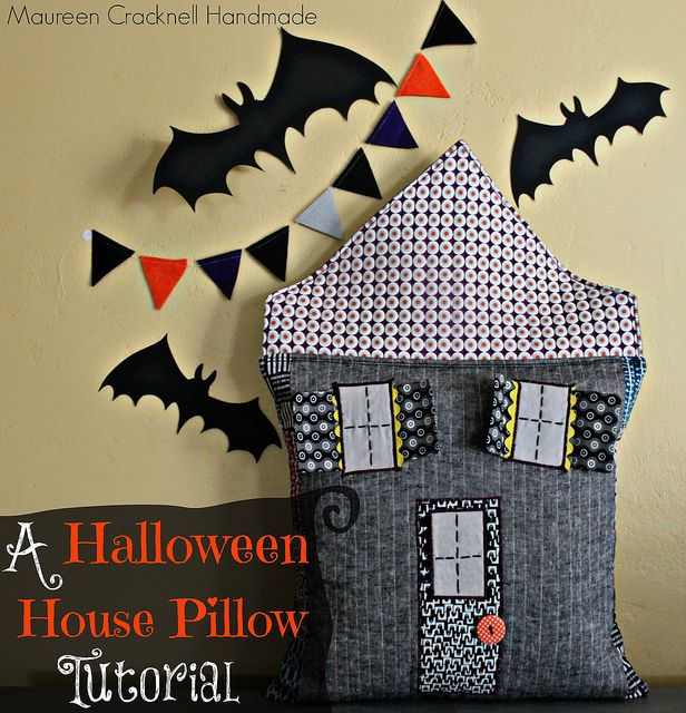 Do you decorate for Halloween? This free tutorial from Maureen - when should you decorate for halloween