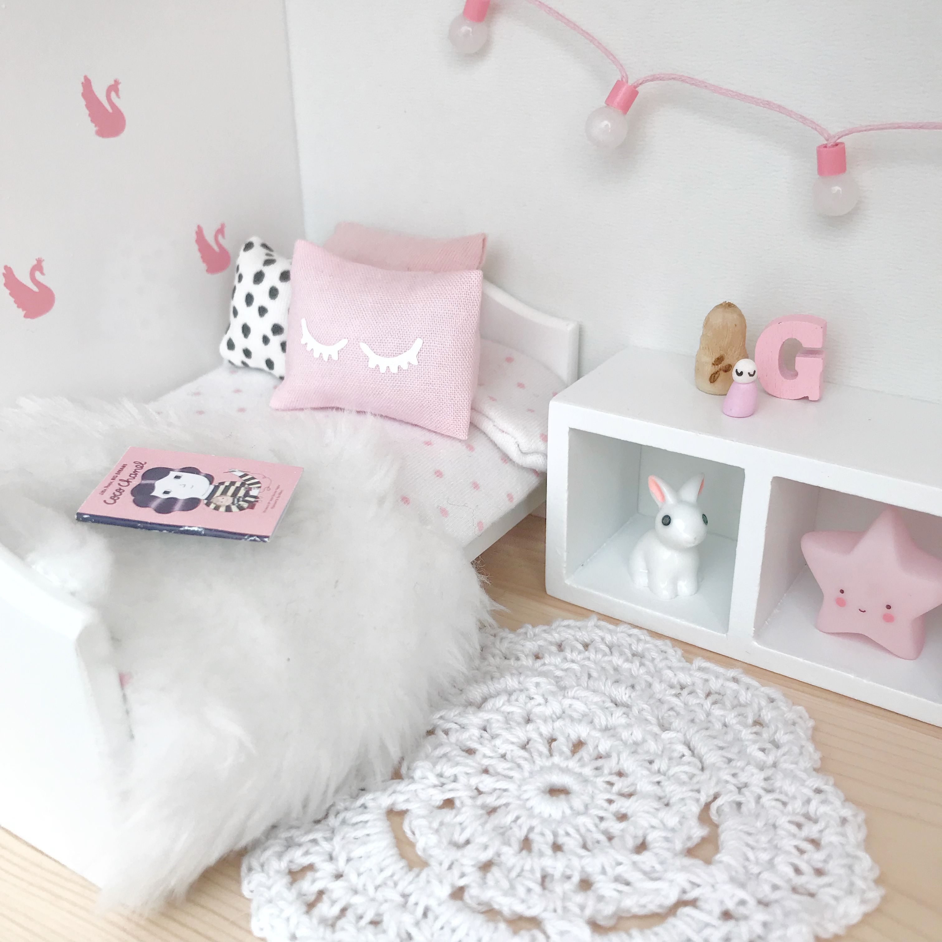 Pink and white cute pretty dollhouse kids room