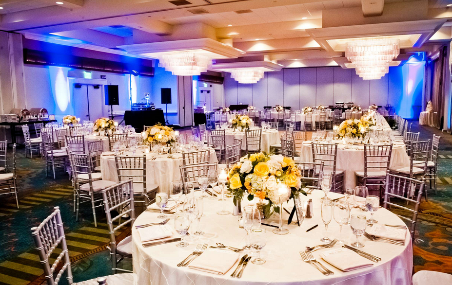 San Diego Wedding Reception In The Sunset Ballroom At Paradise Point Resort Spa Photo