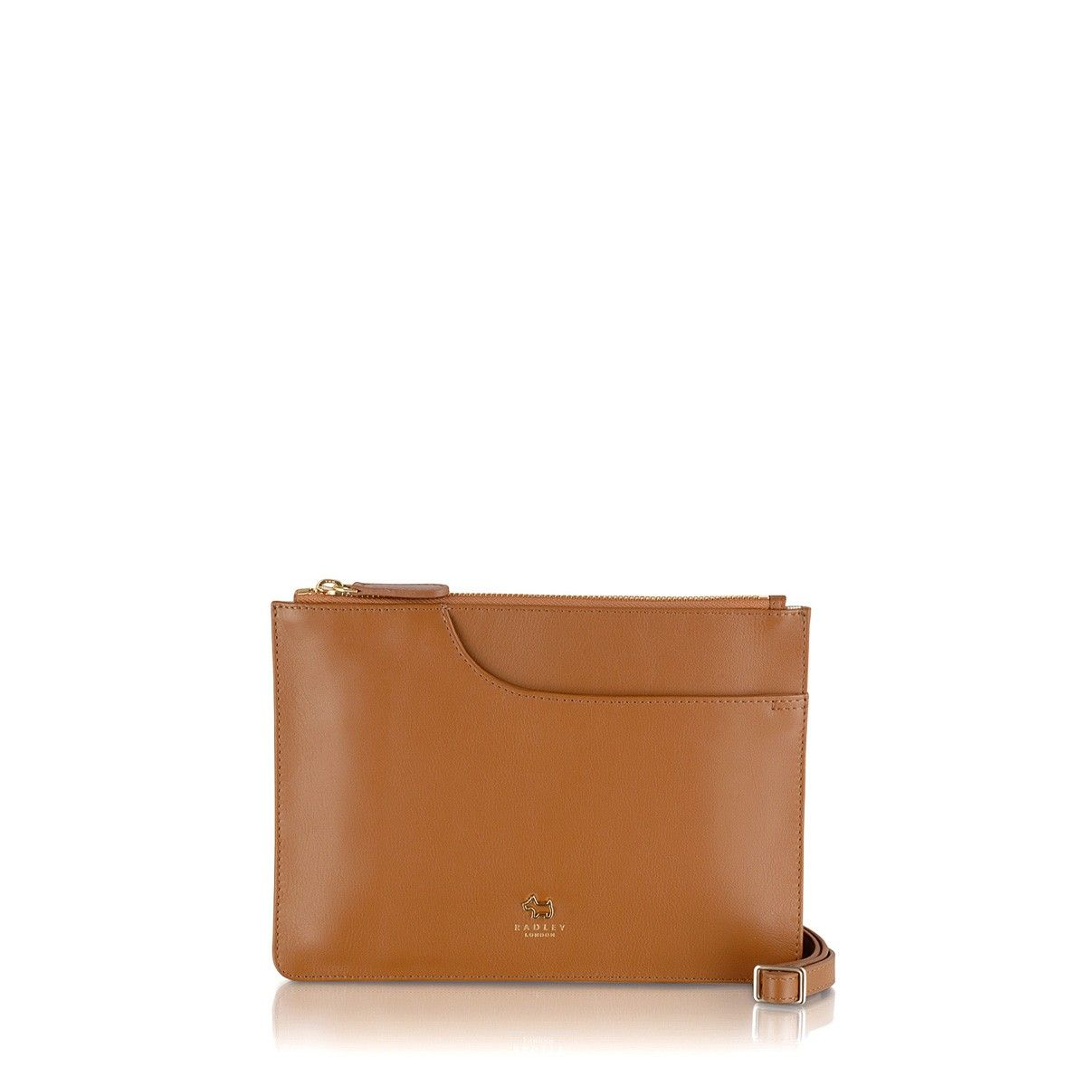 The Pockets medium leather cross body bag is sleek, chic and wonderfully compact. Great for both day and night styles.