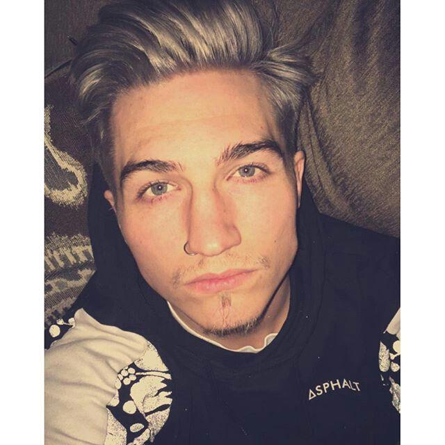 Nathan jeffree star boyfriend