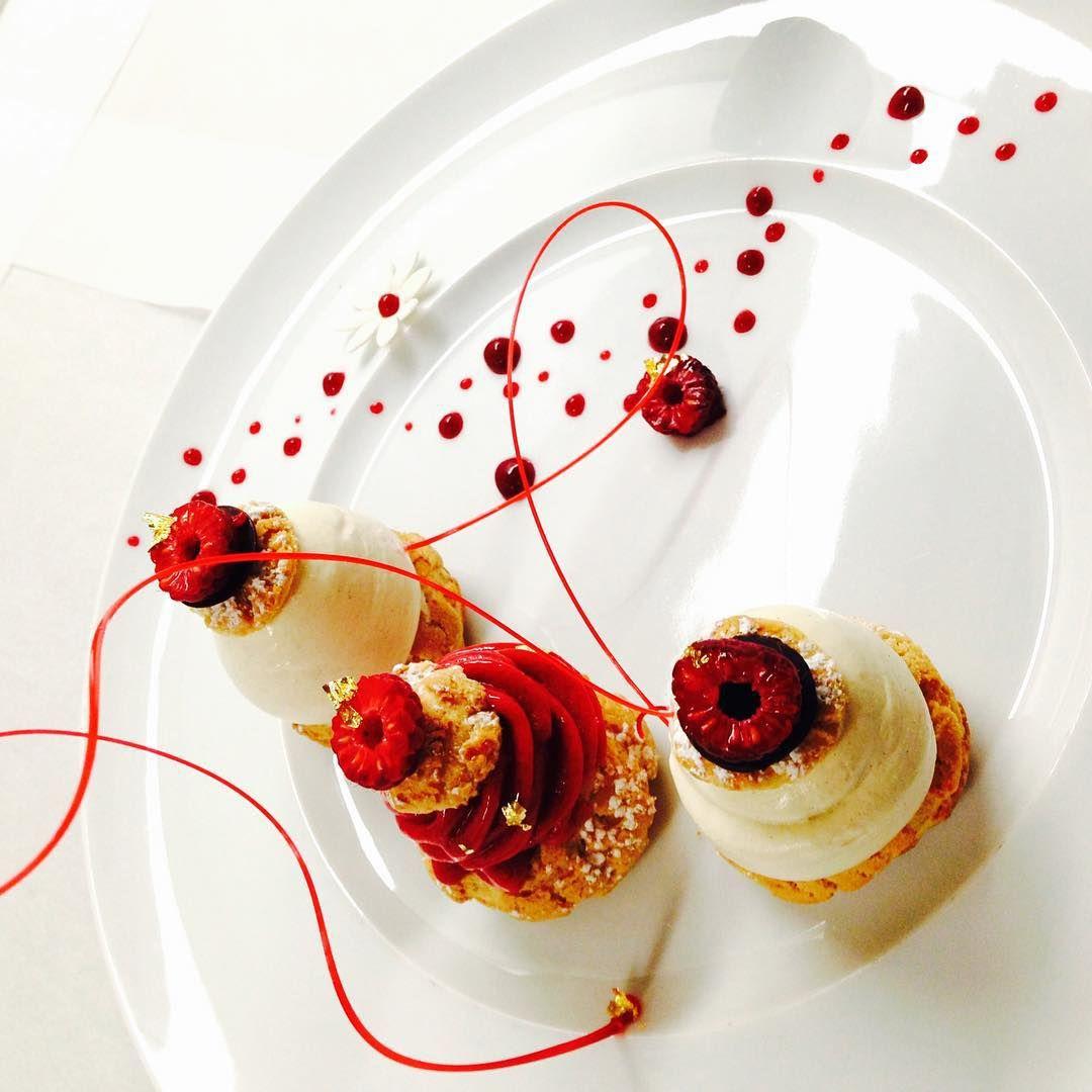 Sylvain On Instagram Valrhonausa Cerclev Chef Profiterolle Opalys Vanilla Icecream Choux Praline White Pearl Food Plating Creative Desserts Food