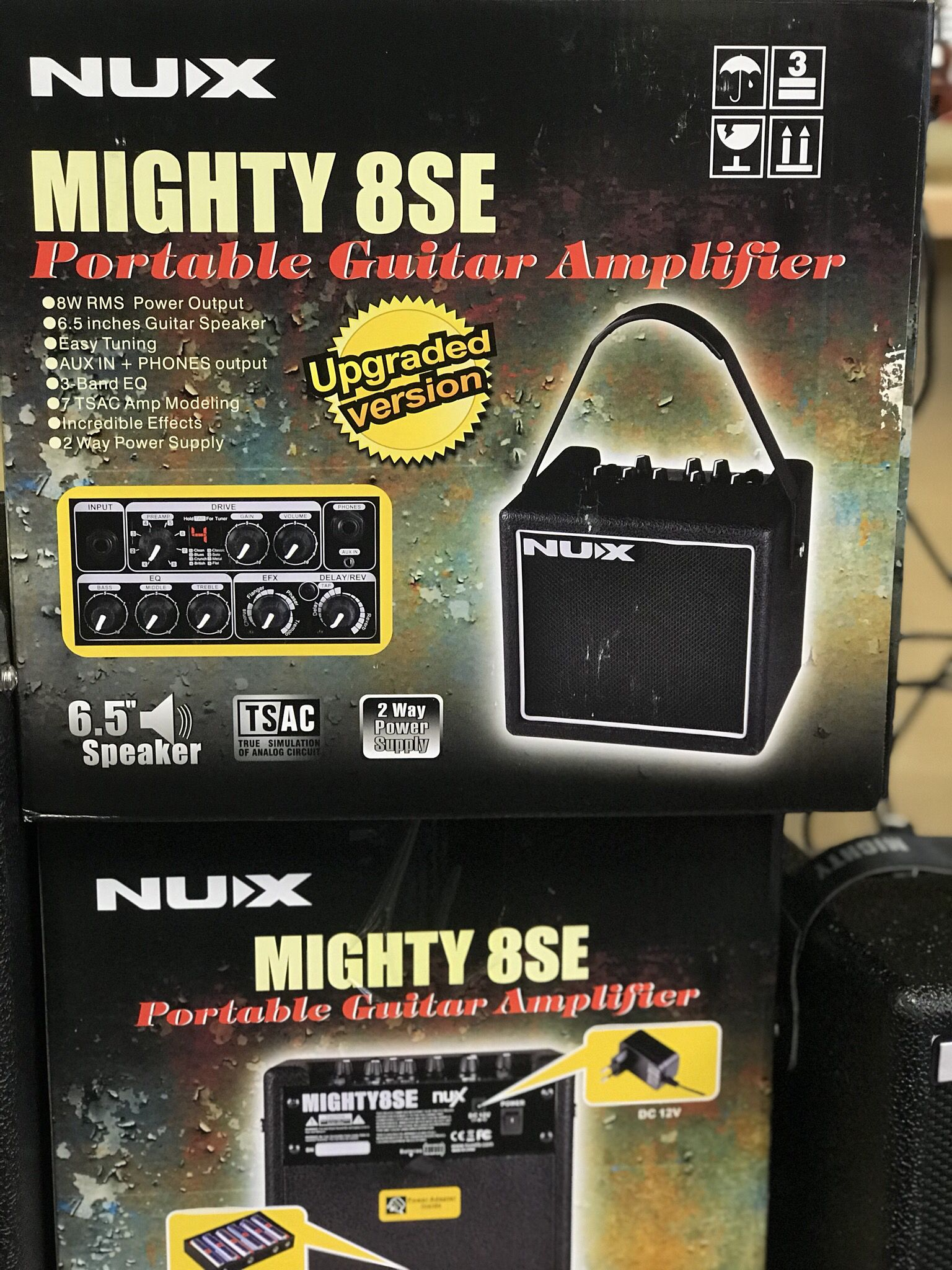 The NU-X Mighty 8SE is a battery powered modeling amp with