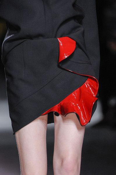 Anthony Vaccarello at Paris Fall 2014 inspired dFly / Mode Funk 3 http://fqoto.com/fqoto-aw2014-15-028-dfly--mode-funk-3.html