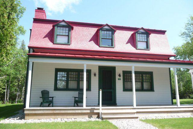 la maison gomer qui date de 1918 a alexandra perron collaboration sp ciale vieille. Black Bedroom Furniture Sets. Home Design Ideas