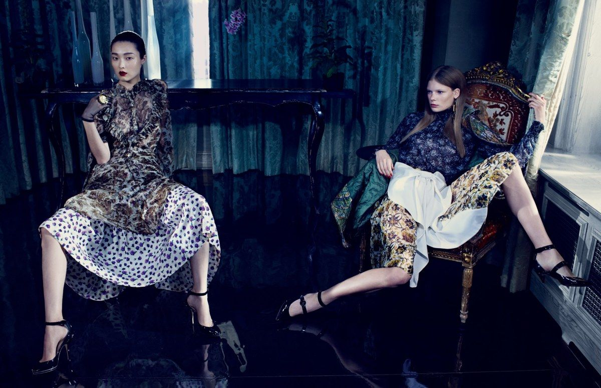 Hair by Neil Moodie. Sung Hee Kim, Alexandra Elizabeth by Emma Summerton for Vogue China November 2014 4