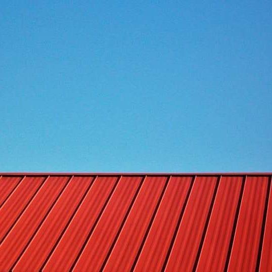 #roofs #ig #ig_captures #color #colorsplash #red #blue #redandblue