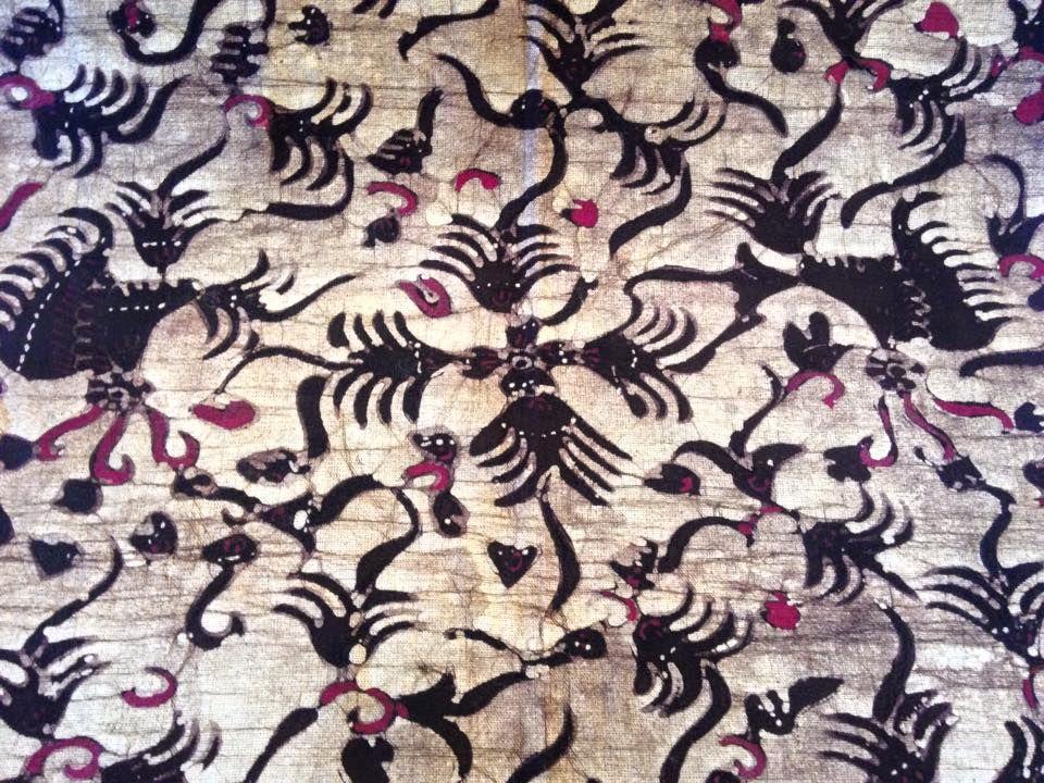 Este lindo batik lo puedes utilizar como quieras...por ejemplo como piesera, camino de mesa, entre otras maneras.