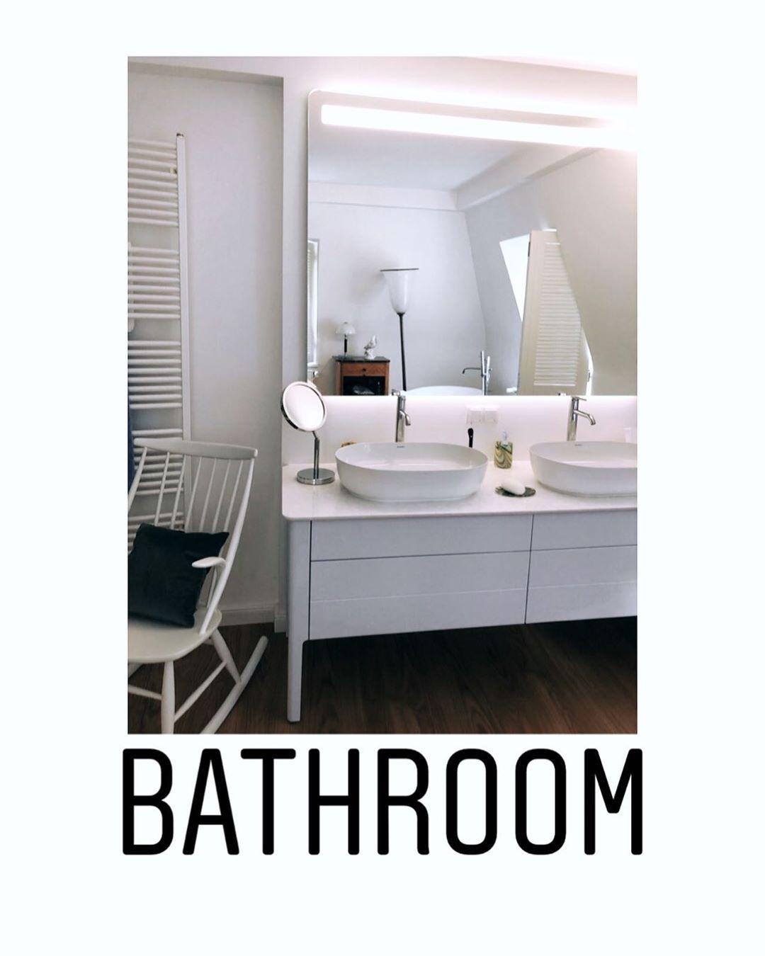 Das Badezimer Ein Ort Zum Wohlfuhlen Waschbecken Und Unterschrank Von Duravit Serie Luv Waschtischarmaturen Duravit Leuchtspiegel Duravit Serie Luv Design