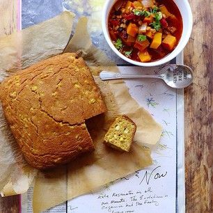[perfect for chili] corny cornbread// light, moist, unmistakably corny & made with fresh corn kernels and coconut sugar - recipe live on INMYBOWL #GoddessVibes