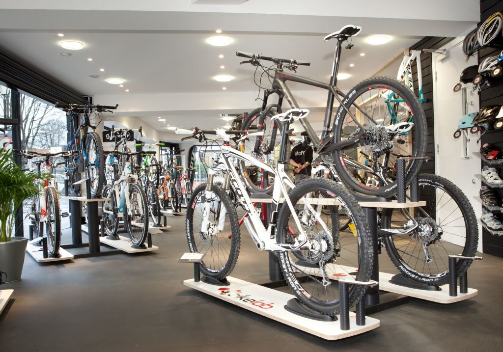 Example Cycle Display Systems Bm7displays Com Longmont