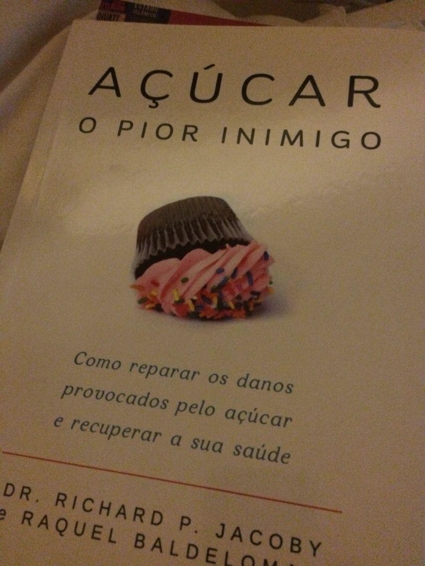 Um excelente livro de cabeceira!