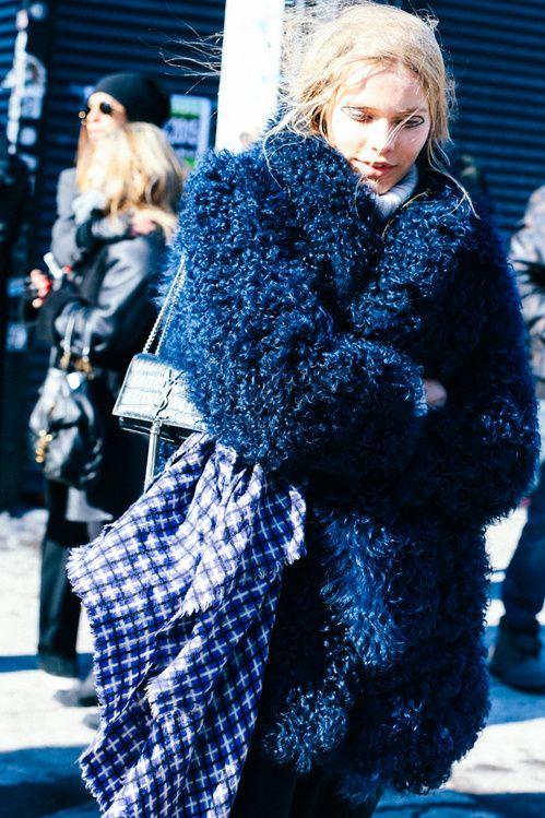 Street looks la fashion week automne hiver 2015 2016 de Fashion style girl hiver 2015