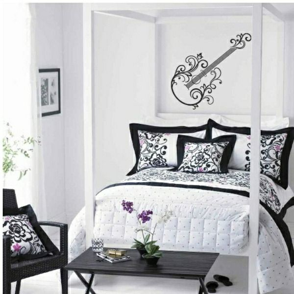 Teenage Girls Room Wall Design | Http://Room-Decorating-Ideas.Com