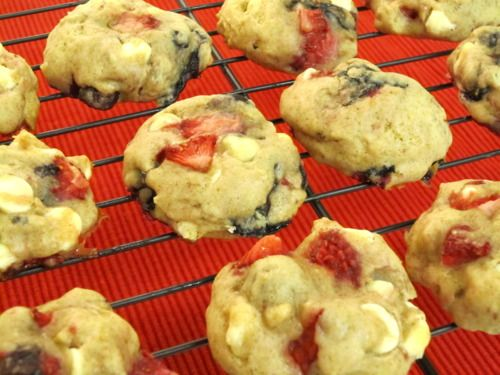 Damn Delicious, Red, White and Blue Cookies for Fourth of July
